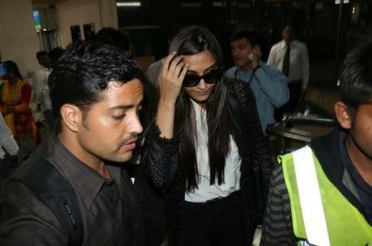 Sonam Kapoor catches swine flu, is hospitalised in Rajkot