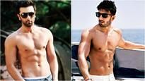 Move over Ranbir Kapoor, Ranveer Singh's butt naked in a Befikre scene and it's oo-la-la!