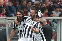 Juventus beaten 2-1 by Torino in derby marred by violence