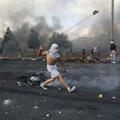 Palestinian stabs two Israelis in Jerusalem