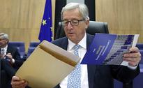 Jean-Claude Juncker Survives No-Confidence Vote Over Tax Deals