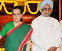 At UPA anniversary bash, Sonia, PM dispel talk of rift