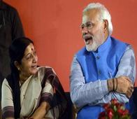 Narendra Modi holds meet with Sushma, Jaitley ahead of Kerry visit