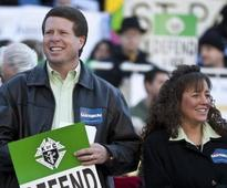 TLC's Duggars to appear in Fox News interview to discuss scandal