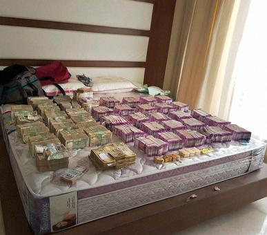 Crores in new currency keep tumbling out of closets