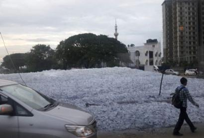 Bengaluru: After the rains, now the foam