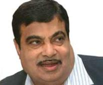 MLA Khopde offers to quit for Gadkari, Fadnavis tight-lipped