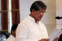 Rawat asks officials to ensure proper distribution in food scheme