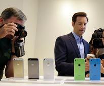 Apple, Cisco Partner to Boost iPad, iPhone Use In Enterprise