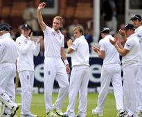 Broad bowls England to win