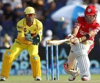 Kings XI soar on Maxwell blitz