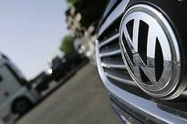 Volkswagen closes in on Toyota as global auto leader