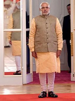 PM Modi hosts pre-Diwali dinner for ministers