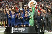 Manchester United lift Europa League title