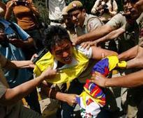For 4th time in three days, Tibetans stage protest in Delhi against Xi's visit