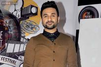 I will get married within a year: Vir Das