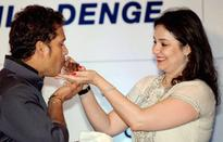 Fans wish Sachin Tendulkar on his 18th wedding anniversary