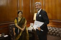 S Jaishankar Replaces Sujata Singh as New Foreign Secretary