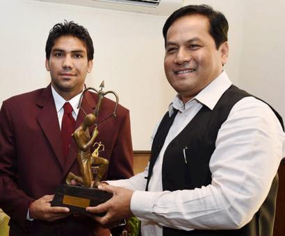 Boxer Manoj slams Kapil Dev, says Arjuna Award a 'fitting reply'