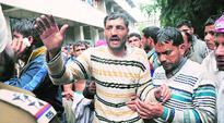3 injured in clash in district court complex