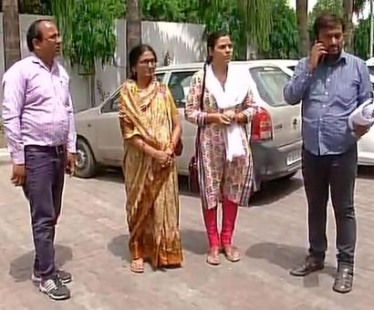 Family of late IAS officer Anurag Tiwari to meet Adityanath today