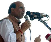 Rajnath demands Cong to withdraw Rahul's remarks on Mahatma Gandhi