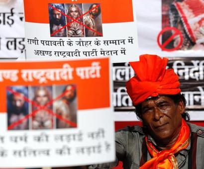 Padmaavat row: SC rejects plea by Rajasthan, Madhya Pradesh govts
