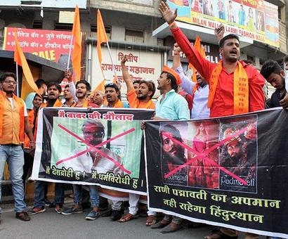 Padmaavat: Karni Sena calls for 'janata curfew', vandalises theatre
