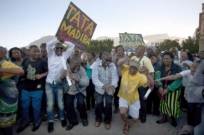 South Africans 'celebrate' Mandela's triumph in passing