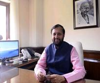 I & B ministry wants priority for DD, AIR for govt news