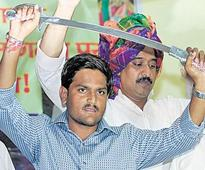Hardik tries to scale up his agitation to national level