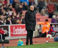 Mourinho stays cool after Chelsea crash at Stoke