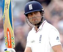 Cook becomes England's top run-getter in Tests