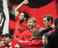 Bayer Leverkusen Manager Roger Schmidt Extends Stay