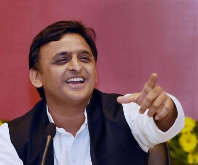 Yadav family feud threatens to derail SP's poll prospects
