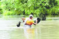 No let-up in floods, lakhs affected