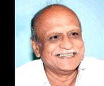 Kalburgi murder case: Slow pace of probe raises 'suspicion', say writers