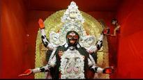 Intermittent rains fail to dampen Kali puja, Deepavali spirits in Bengal