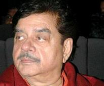 Shatrughan for 'introspection' for poll reverses