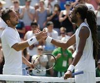 Dustin Brown loses at Wimbledon 2 days after beating Rafael Nadal