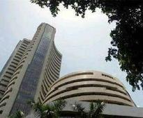 Sensex fails to maintain early gains
