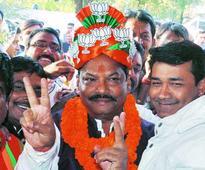 Raghubar Das sworns in as first non-tribal CM of Jharkhand