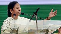 Mamata meets Modi and Jaitley, seeks debt restructuring of Bengal